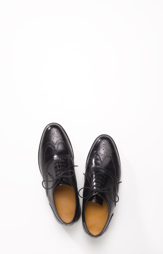 Well-dressed「Pair of black brogue shoes with copy space」:スマホ壁紙(8)