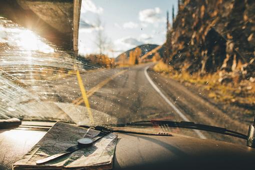 Dirty「Canada, British Columbia, Alaska Highway, car with map and wrist watch」:スマホ壁紙(11)