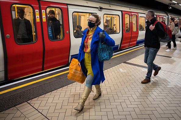 Train - Vehicle「The UK's Capital Adjusts To Life Under The Coronavirus Pandemic」:写真・画像(3)[壁紙.com]