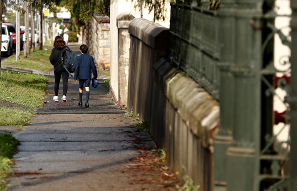 Deep Learning「Sydney School Evacuated After Student Tests Positive For COVID-19」:写真・画像(11)[壁紙.com]
