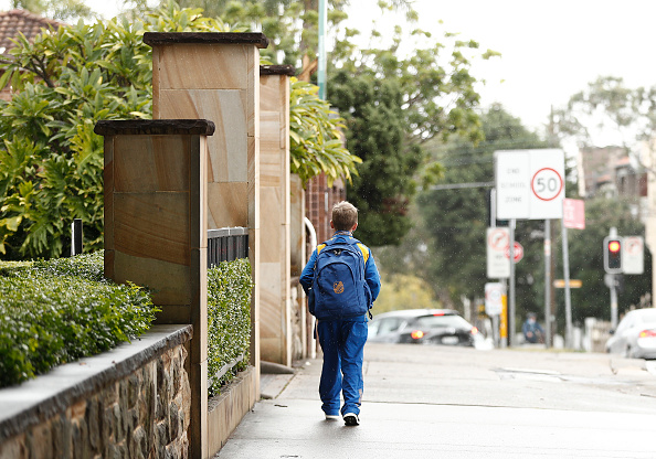 Deep Learning「Sydney School Evacuated After Student Tests Positive For COVID-19」:写真・画像(17)[壁紙.com]