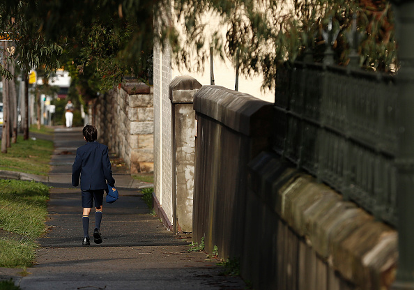 Deep Learning「Sydney School Evacuated After Student Tests Positive For COVID-19」:写真・画像(10)[壁紙.com]