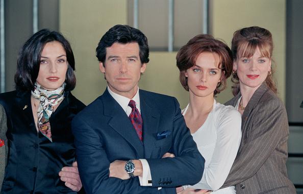 Setting「Bond Girls」:写真・画像(4)[壁紙.com]