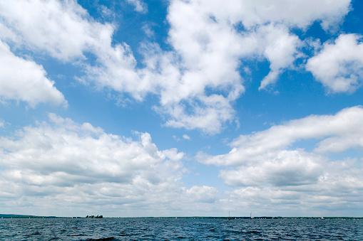 Cumulus Cloud「Majestic cloudscape - blue sky white clouds (XXL)」:スマホ壁紙(5)
