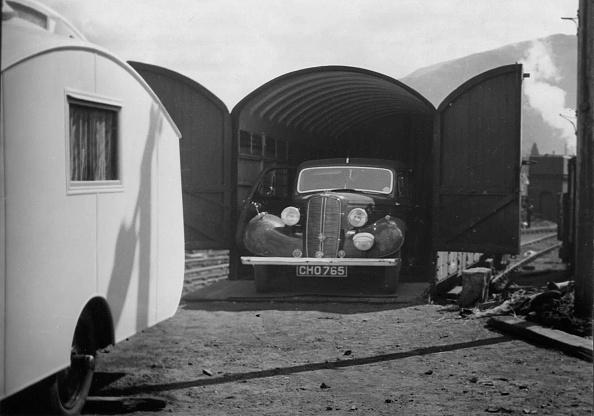 Recreational Pursuit「1937 Hillman 14 In Rail Transportation Carriage Van. Creator: Unknown.」:写真・画像(3)[壁紙.com]