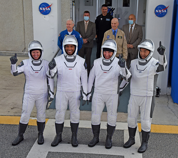 NASA Kennedy Space Center「SpaceX And NASA Launches Crew Dragon Capsule With Four Astronauts To The International Space Station」:写真・画像(16)[壁紙.com]