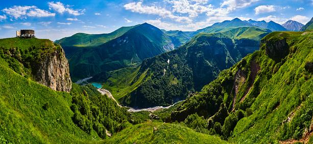 コーカサス山脈「Caucasus Mountains, Georgia」:スマホ壁紙(18)