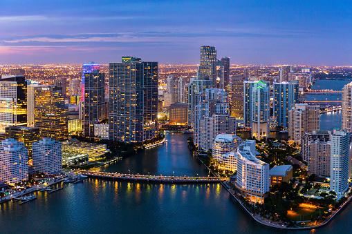 Gulf Coast States「Evening Aerial View of Miami, Florida」:スマホ壁紙(7)