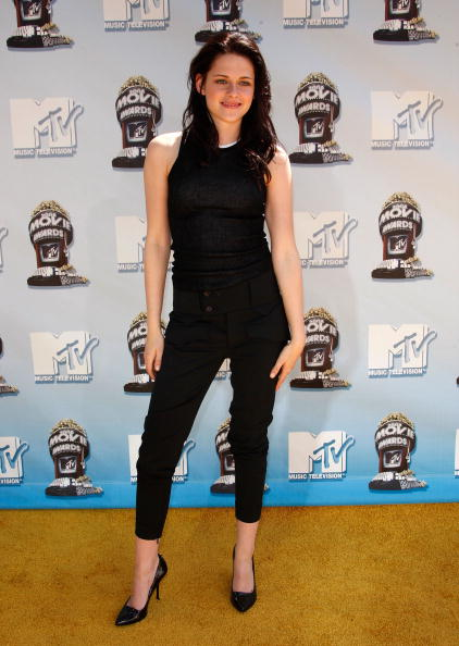 2008「17th Annual MTV Movie Awards - Arrivals」:写真・画像(5)[壁紙.com]