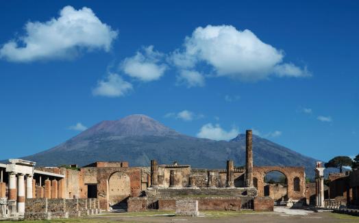 Active Volcano「Vulcan Vesuvio and Pompei ruins, the Forum」:スマホ壁紙(15)
