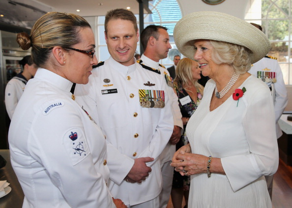 V-Neck「The Prince Of Wales And Duchess Of Cornwall Visit Australia - Day 5」:写真・画像(11)[壁紙.com]