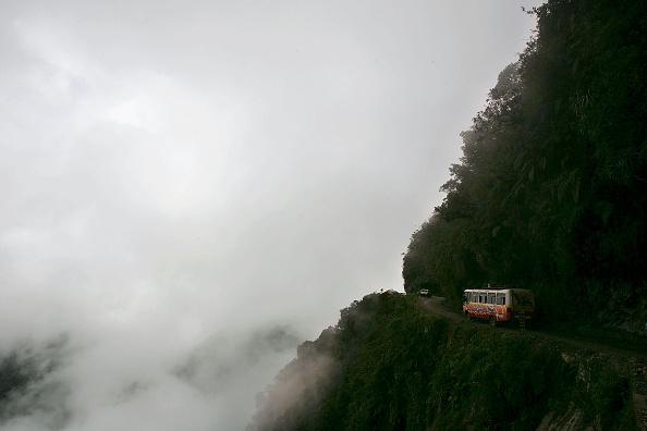 Road「The World's Most Dangerous Road」:写真・画像(19)[壁紙.com]