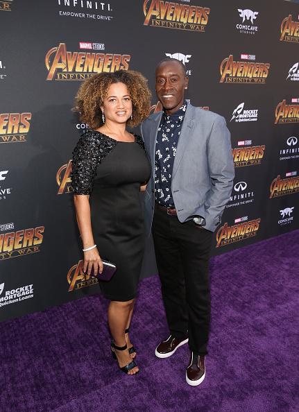 "Metallic Purse「Los Angeles Global Premiere for Marvel Studios' ""Avengers: Infinity War""」:写真・画像(1)[壁紙.com]"