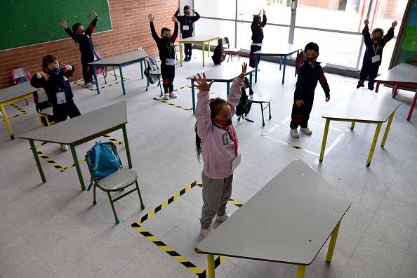 South America「Public Schools Resume Onsite Classes In Bogota Amid Coronavirus Pandemic」:写真・画像(14)[壁紙.com]