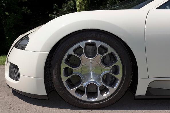Wheel「2009 Bugatti Veyron Grand Sport.」:写真・画像(6)[壁紙.com]