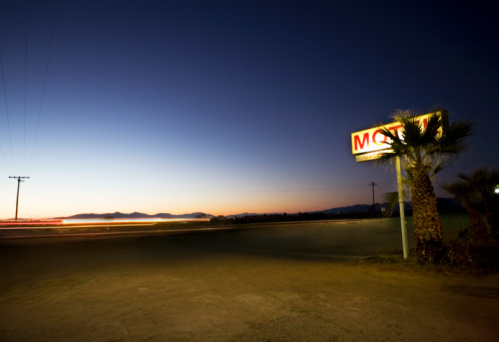 Motel Sign「Motel sign along highway at night」:スマホ壁紙(19)