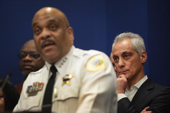Eddie House「Chicago Mayor Emanuel Urges IL Governor To Sign Gun Dealer Licensing Bill」:写真・画像(9)[壁紙.com]