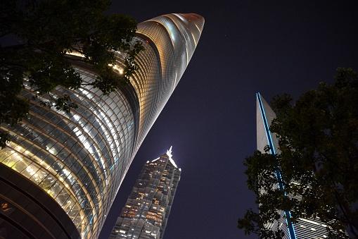 Postmodern「Megatall skyscrapers by night in Lujiazui, Shanghai, China」:スマホ壁紙(14)
