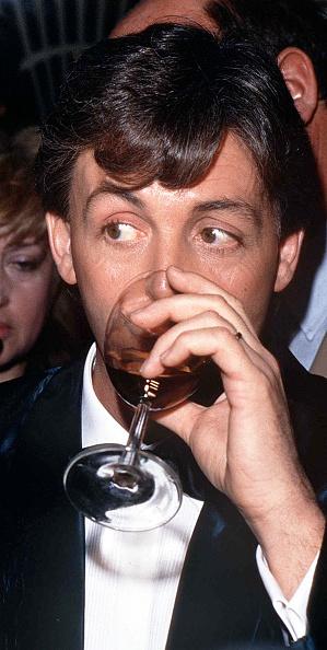 Wineglass「Paul McCartney」:写真・画像(13)[壁紙.com]