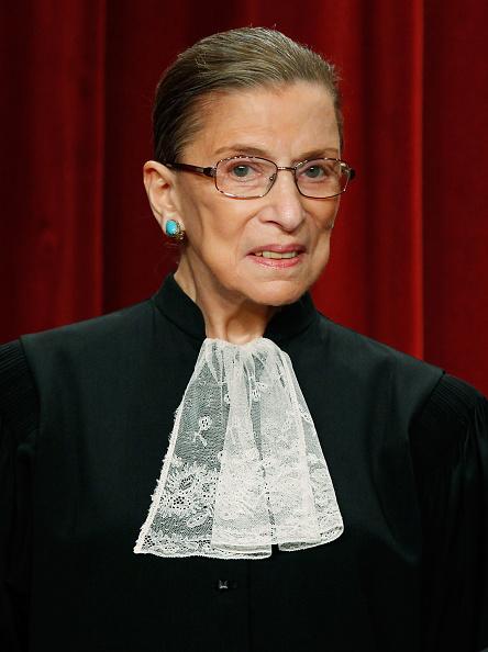 ポートレート「U.S. Supreme Court Justices Pose For Group Photo」:写真・画像(5)[壁紙.com]