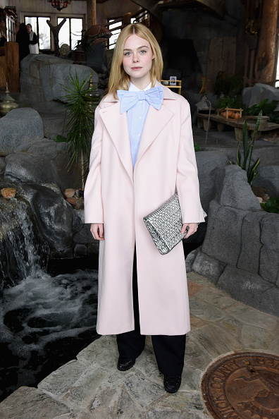 Elle Fanning「Glamour's Cindi Leive And Girlgaze's Amanda de Cadenet Host Lunch Celebrating Films Powered By Women During Sundance - 2017 Park City」:写真・画像(0)[壁紙.com]