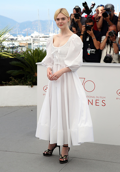 "Elle Fanning「""The Beguiled"" Photocall - The 70th Annual Cannes Film Festival」:写真・画像(17)[壁紙.com]"