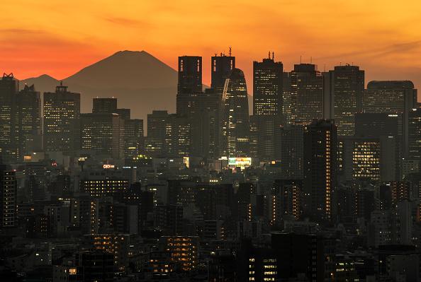 富士山「Coronavirus Cases Continue To Fluctuate In Tokyo」:写真・画像(4)[壁紙.com]