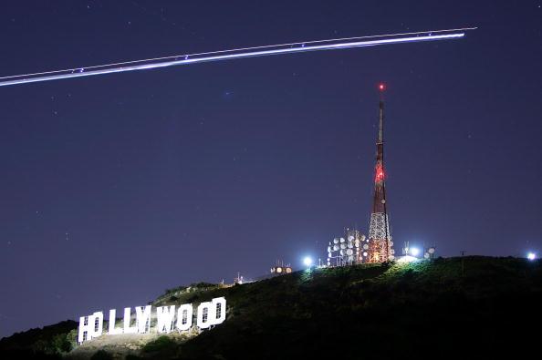 Night「Hollywood Sign Begins Month-Long Makeover」:写真・画像(6)[壁紙.com]