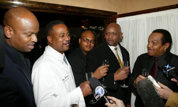 Eddie House「Joe Jackson At Grand Opening Of Katherine's Restaurant」:写真・画像(13)[壁紙.com]