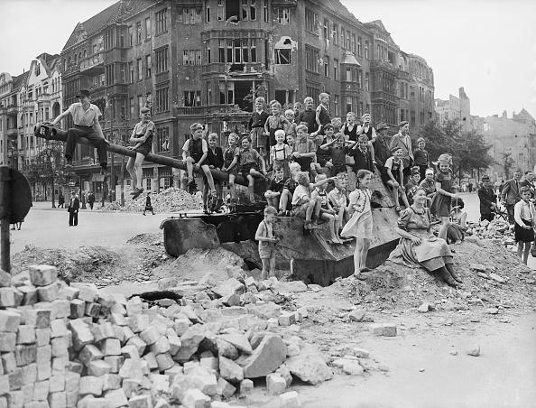 World War II「War Playground」:写真・画像(12)[壁紙.com]