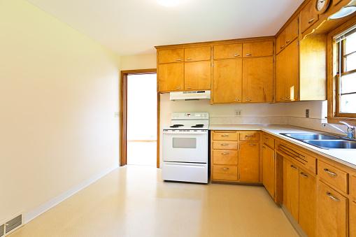 Bungalow「1950s Mid-Century Modern Bungalow Real Estate Interior Kitchen」:スマホ壁紙(8)