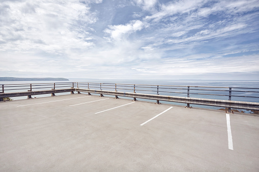 Parking Lot「Open carpark overlooking the sea」:スマホ壁紙(9)