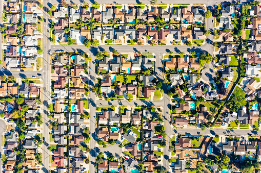 Downtown District「Aerial of Houses in California Suburbs」:スマホ壁紙(6)