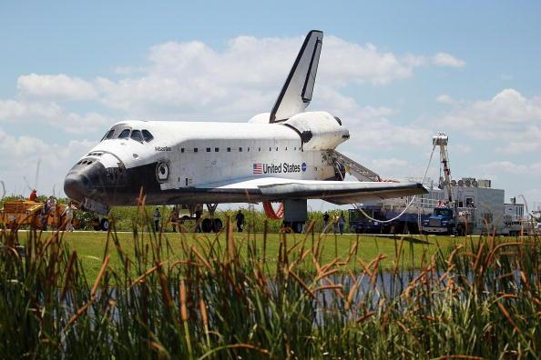 NASA Kennedy Space Center「Space Shuttle Atlantis Returns To Kennedy Space Center」:写真・画像(17)[壁紙.com]