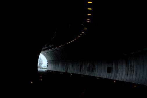 Hairpin Curve「light at the end of a tunnel」:スマホ壁紙(1)