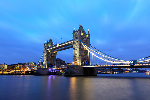 London Bridge - England「Tower Bridge at night in London」:スマホ壁紙(13)
