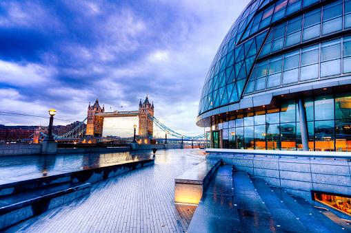 London Bridge - England「Tower bridge and City Hall in London」:スマホ壁紙(10)