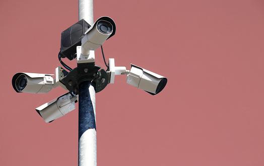 Part of a Series「Surveillance camera」:スマホ壁紙(13)