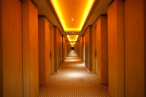 Long「Dark Corridor XXXL」:スマホ壁紙(9)