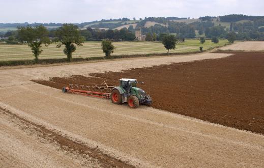 Plowed Field「Tractor Ploughing Field」:スマホ壁紙(4)