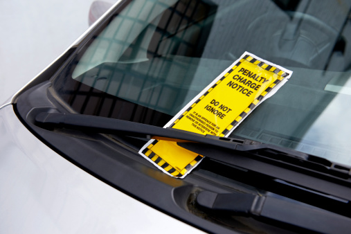 Motor Vehicle「Parking ticket on car windscreen」:スマホ壁紙(12)