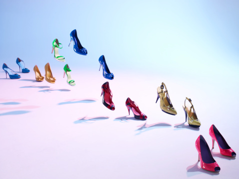 Girly「Colorful shoes walk on their own」:スマホ壁紙(11)