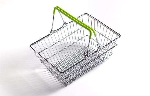 Basket「Supermarket shopping basket close up」:スマホ壁紙(18)