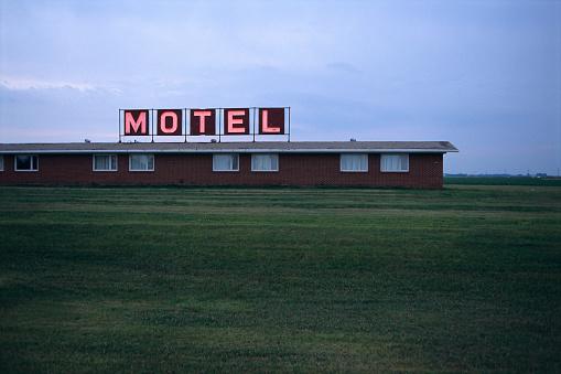 Motel「Motel」:スマホ壁紙(18)