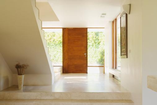 The Next Step「Modern hallway with wooden door」:スマホ壁紙(14)