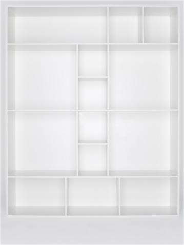 Antique「Empty white wooden bookshelf」:スマホ壁紙(9)