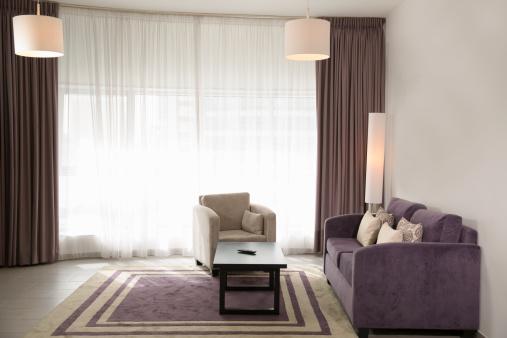 Living Room「empty hotel suite」:スマホ壁紙(18)