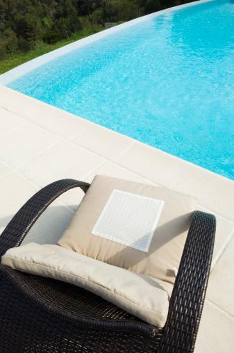 Deck Chair「Seat by the pool」:スマホ壁紙(9)