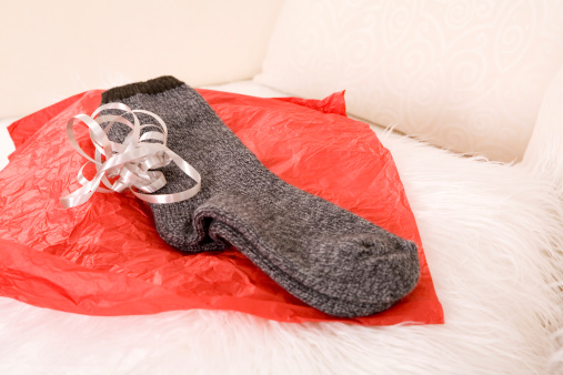 Christmas Paper「Socks on wrapping paper」:スマホ壁紙(12)