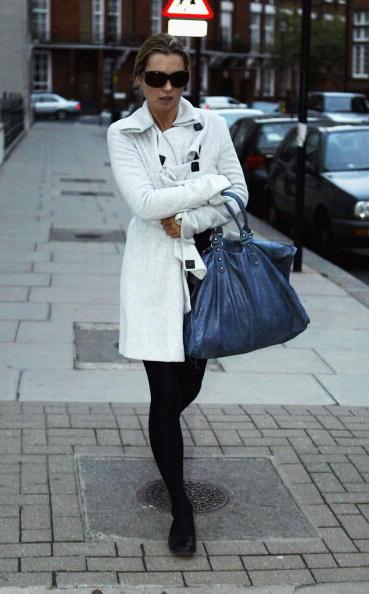 Gareth Cattermole「Kate Moss Out Shopping」:写真・画像(4)[壁紙.com]
